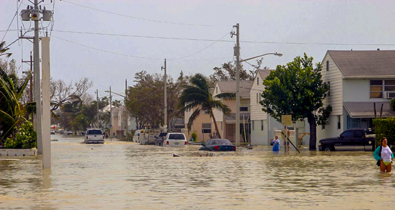 Hurricane Wilma Flooding 2005 Wide.jpg